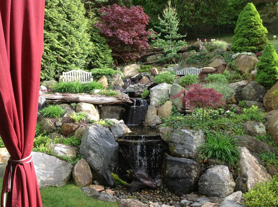 disappearing backyard pondless waterfall contractor ny ct